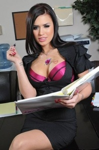 Eva Evangelina (Courtesy of Brazzers.com)